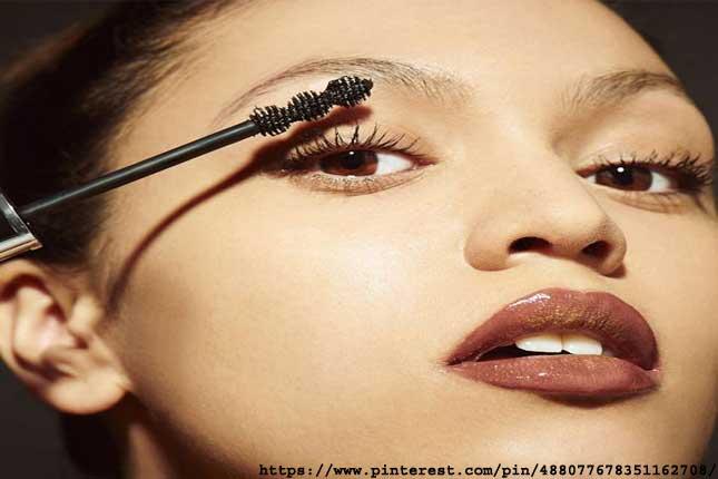 brighten your eyes utilizing Makeup