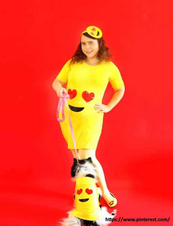 Emoji - college halloween Costumes