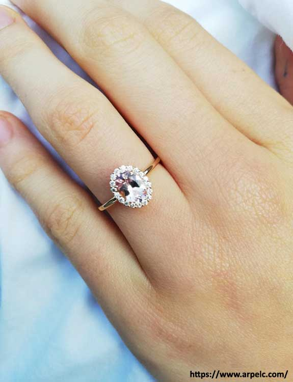 Engagement Ring types of rings
