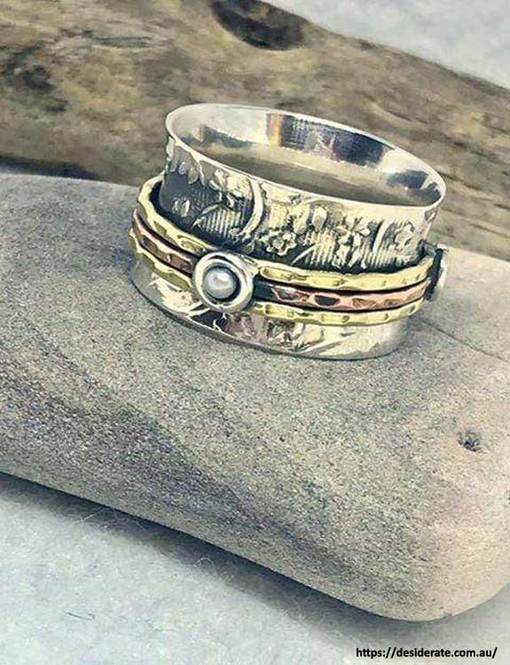 Spinner Ring types of rings