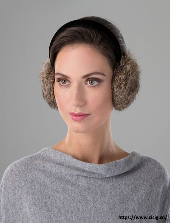 Earmuffs- what-to-wear-in-50-degree-weather
