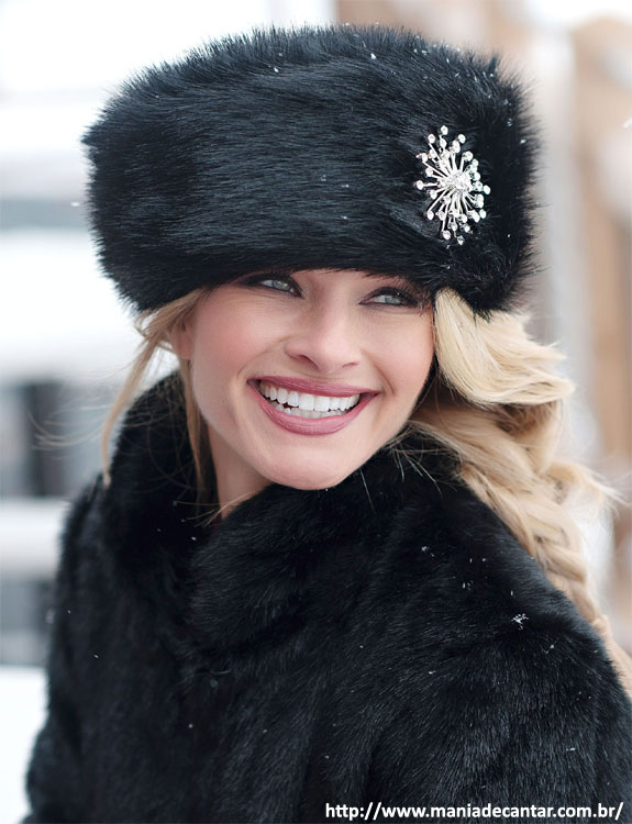 Fur Hats- what-to-wear-in-50-degree-weather