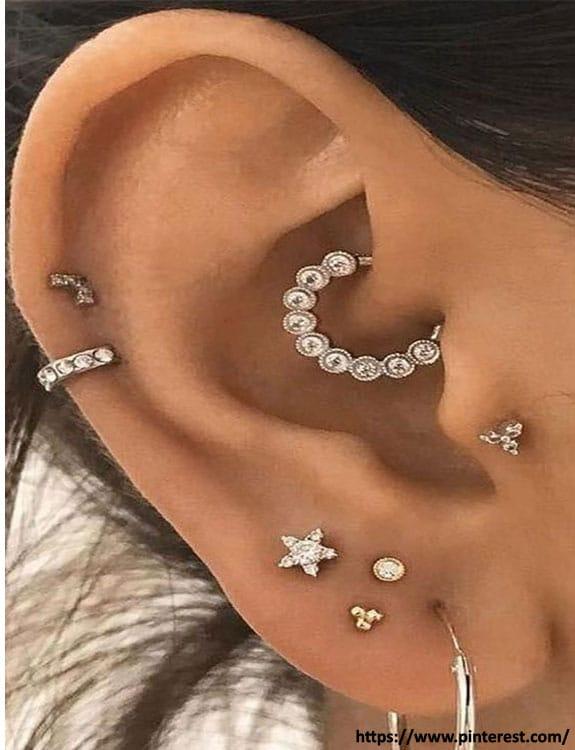 Multiple Ear lobe piercing- Ear Piercing Types