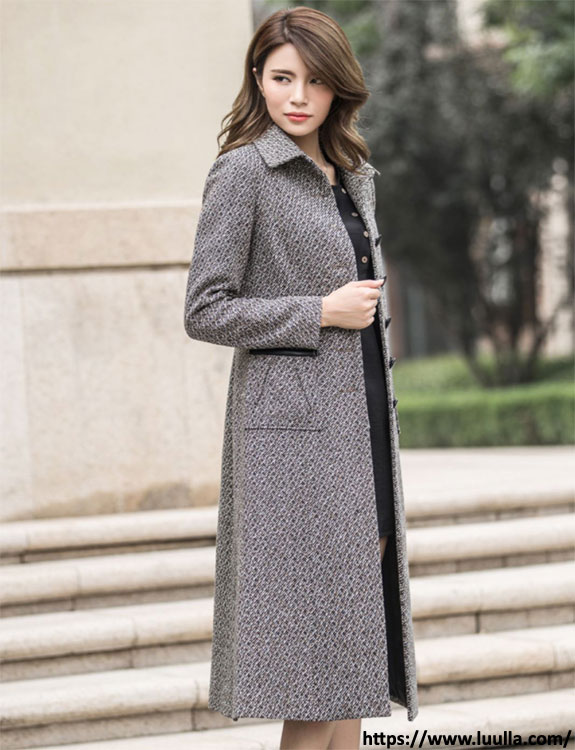 Overcoat- what-to-wear-in-50-degree-weather