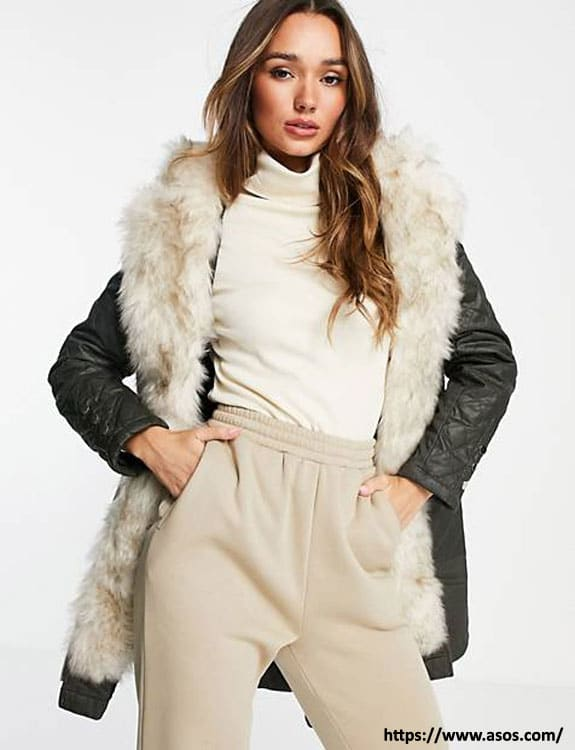 Parka Coat- what-to-wear-in-50-degree-weather